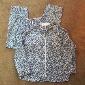 Victoria's Secret Cheetah 2 piece pajama set